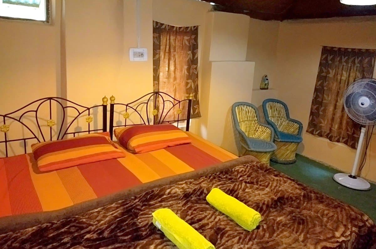 raadballi maina kaksha best jungle resort dharamshala